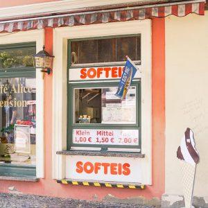 Das Softeis in der Lindenstraße hat ein Gefühl von Nostalgie
